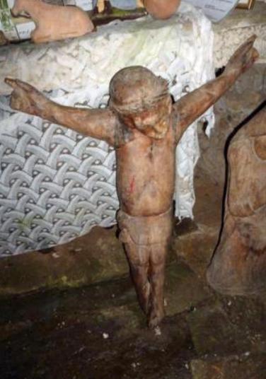 Talla de Jesucristo, que anteriormente se encontraba en el Calvario y ahora en el interior de la Capilla Mayor