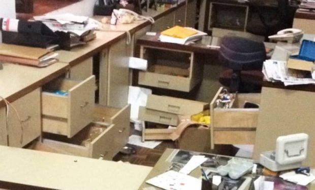 Saquearon todas las oficinas de la edificación Caraota Digital