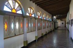 Pasillo de la mansión. Foto Carlos Santos Colorado.