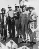 En el extremo izquierdo, Juan Cochesa, que marcó la época dorada del Autódromo de San Carlos.