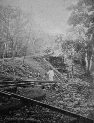 Ferrocarril Bolívar. Puente Cowper en 1908. Foto El Cojo Ilustrado. Dig. Derbys Alexis Suarez @Fundhea. para @RielesVenezuela.