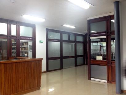 Entrada Sala de Geocartografía y CEDIAM. Biblioteca Central UCV. Foto: Mayerling Zapata López.