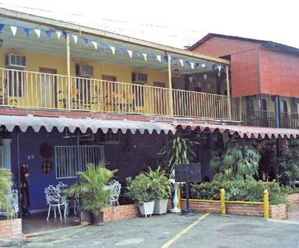 Estructura del Hotel Italia, de Camatagua. Foto IPC.