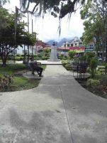 Costado oeste de la Plaza Rangel, 7 de mayo de 2017. Foto Samuel Hurtado Camargo