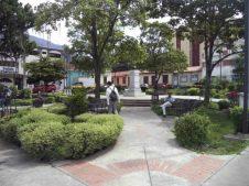 Vista lateral de plaza Rangel, en la actualidad. Foto Samuel Hurtado, mayo 2017.