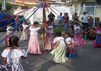 Promoción del folclor popular en el Centro Cultural Tito Lino Molina, una labor comunitaria de más de 31 años en El Vigía, estado Mérida. Venezuela.