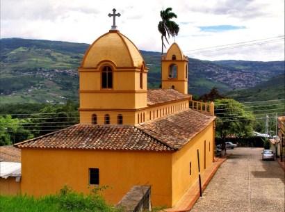 Iglesia de Toituna, municipio Guásimos de Tachira, en toda su extensión