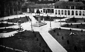 Plaza Bolívar de Mérida, Venezuela, a principios de 1940.