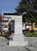Vista frontal del monumento a Rangel luego de su restauración, diciembre 2006. Foto Samuel Hurtado Camargo