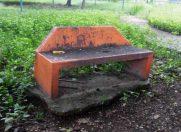 Falta de mantenimiento en mobiliario del parque Los Magos, de Barinas. Estado Barinas. Patrimonio venezolano.