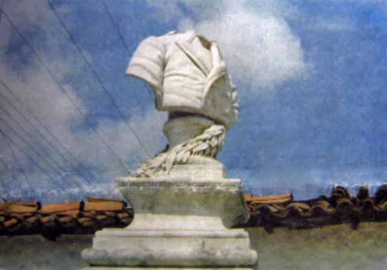 Busto de Francisco de Miranda decapitado. Foto Hernández D´ Jesús en Hoy Viernes, 5 de marzo de 1999. Patrimonio histórico de Mérida, Venezuela.