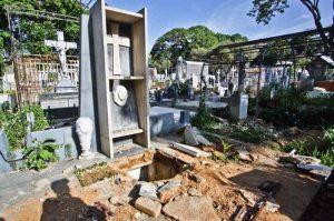 Profanación de la tumba de Rómulo Gallegos, en el Cementerio General del Sur, el 14 de junio de 2016. Patrimonio de Venezuela en peligro.